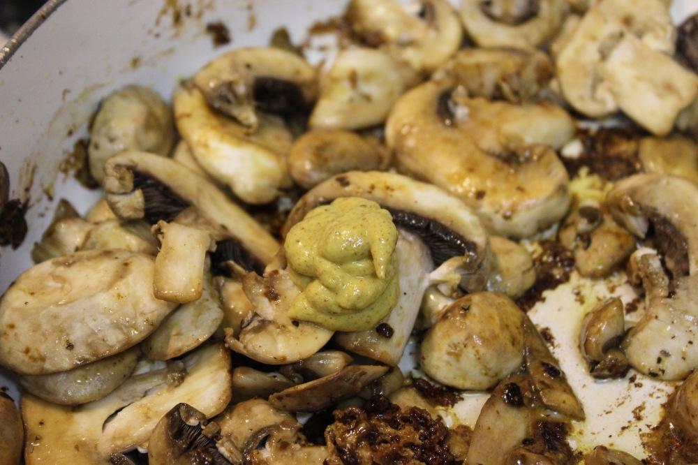 mushroom-sauce-3